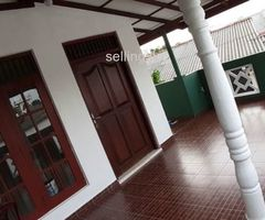 Upstairs for rent in Sri Jayawardenepura
