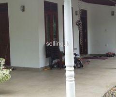 House sale Athurugiriya Moratuwahena