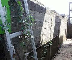 Land and house for sale Kaduwela