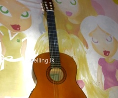 Yamaha cx40 semi acoustic classical guitar