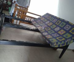Almirah, one steel table, mirror table along with 2 beds for cheep price