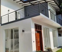 Band new house for sale in koswatta Battaramulla