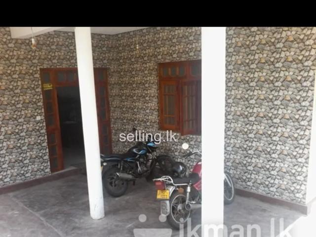 Ground floor house for rent in badulla passara main road