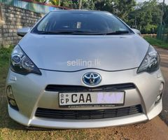 TOYOTA Aqua 2014 G Limited Edition