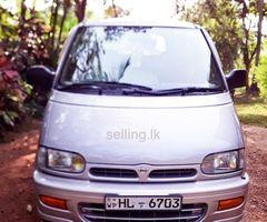 Nissan serena c23 FOR SALE