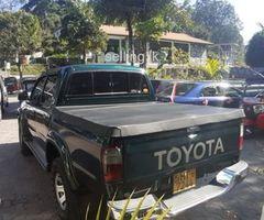 Toyota Hilux 166R 2004