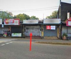 Shop For sale In Divulapitiya Town.