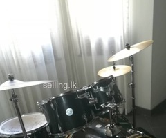 New Tama drum set