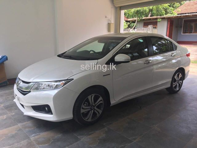 BRAND NEW HONDA GRACE FOR SALE