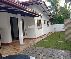 NEW HOUSE FOR SALE AT ATHURUGIRIYA