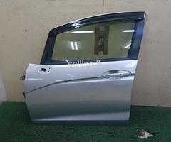 Honda fit gp5 frount door(complete)