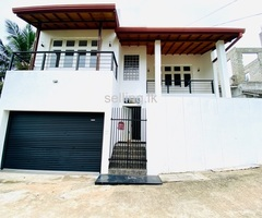Luxury two story house for sale in Mulleriyawa(Hibutana)