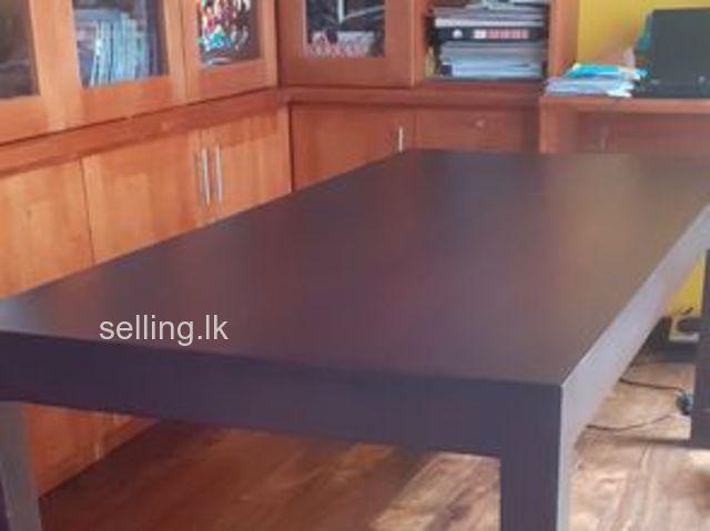 Mahogani dining table
