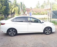 HONDA Grace Ex 2016 Registered in 2017 For Sale