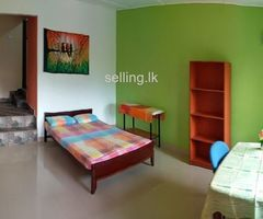 Seperate Entrance rooms for rent In kandy