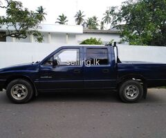 Isuzu KB 2500 Double Cab (Diesel) for Sale