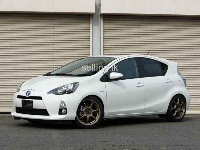 Toyota Aqua 2013 Sale