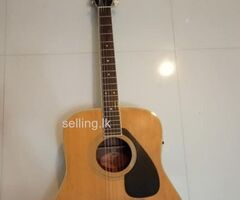 Accoustic Box Guitar