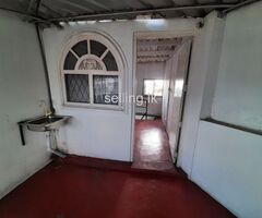 building for sale in paliyagoda