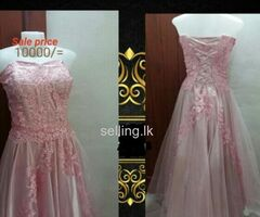Wedding dress / bridal gown / going away frocks