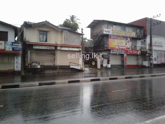 Shop for rent in Bokundara Junction
