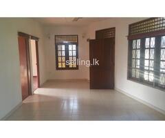 Up stair House Rent in Nugegoda