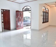 3 Bedroom House for sale in Kadawatha Kirillawala