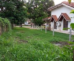 Land with 5 bedrooms house for sale