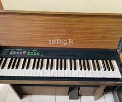 Yamaha CNR-60 Electric Piano