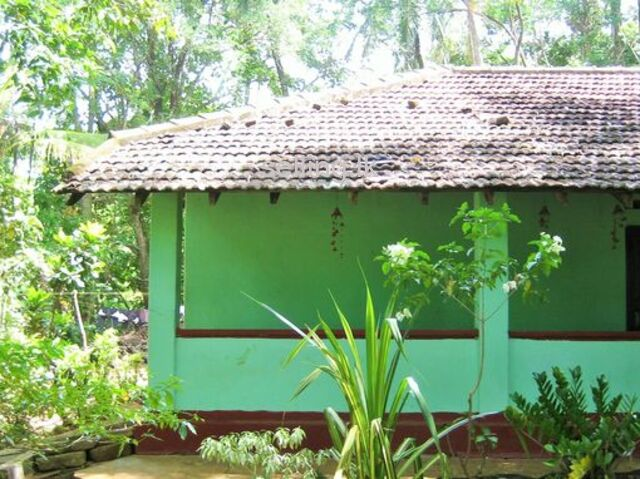 HOUSE FOR SALE NEAR PRESIDENT COLLAGE EMBILIPITIYA