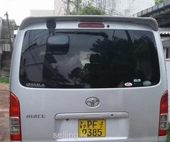 Toyota KDH 201 GL 2011