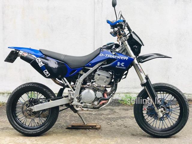 Kawasaki Dtracker LX250