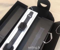 Apple Watch series 4 44mm Nike plus
