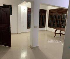 House for rent in Nawala School Lane