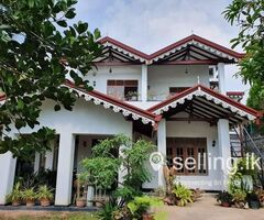 Valuable land with hotel in Katunayake
