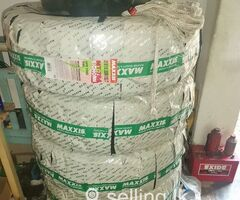 31/10.50/15 M/T tyre set For sale,