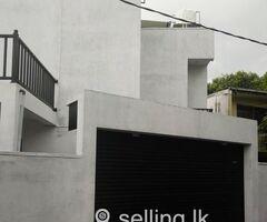 Upstairs house for Rent Boralesgamuwa