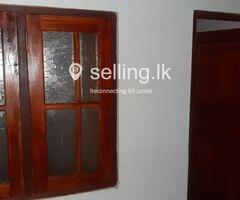 Annex for rent in Makola