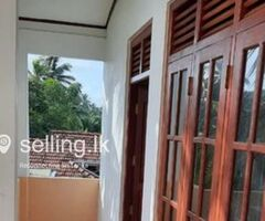 Upstair anex for rent in kalutara town