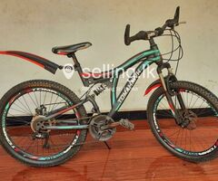 Tomahawk GT-3 Bicycle