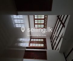 Rent upstair house malabe.