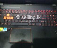 ASUS GTX 1070 gaming laptop