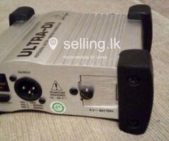 Behringer ULTRA-DI DI100 DI Box - Professional Battery