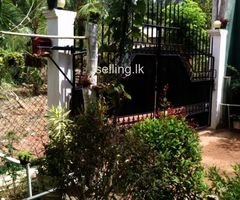 Two stories house for sale in Gampaha