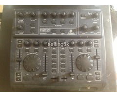 Behringer ( B - control)