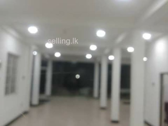 Commercial Building Available for lmmediate Rent in Katugastota