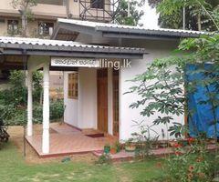 House for rent in Habarakada