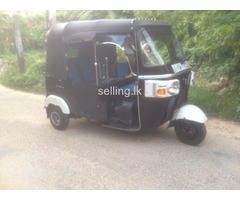 Superb condition three wheeler for sale